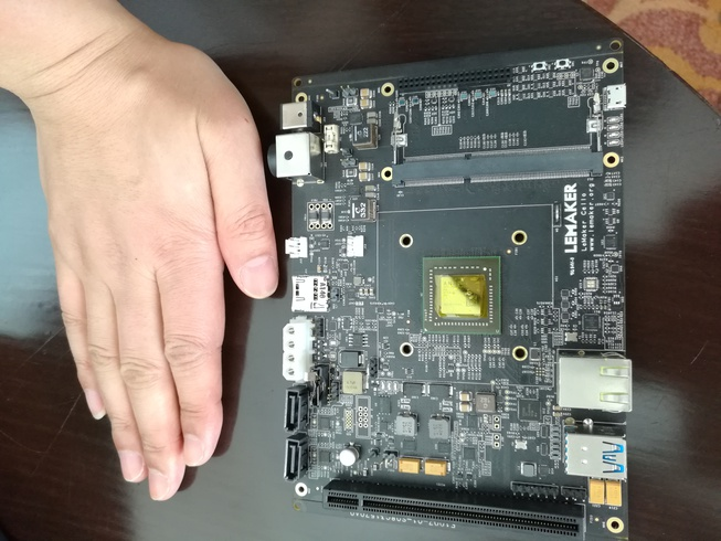 public/images/arm64_ecosystem/linaro_connect_bkk16__lemaker_cello__96boards_EE__AMD__small.jpg