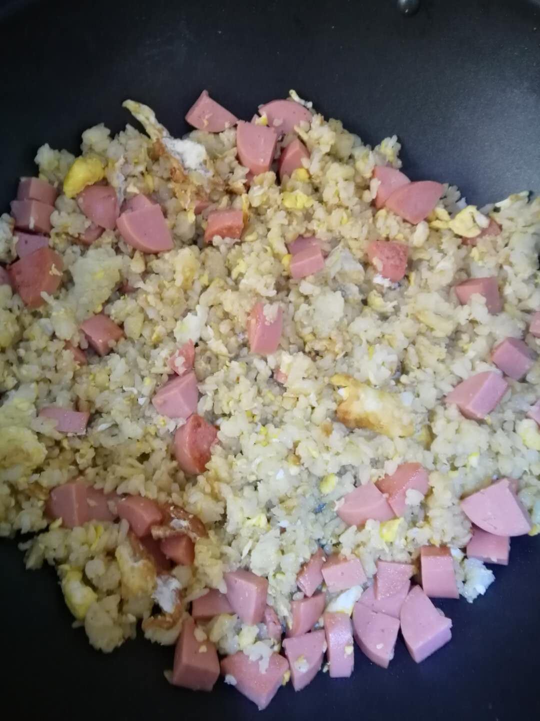 fried_rice_with_eggs_and_ham_sausage__cooked.jpg